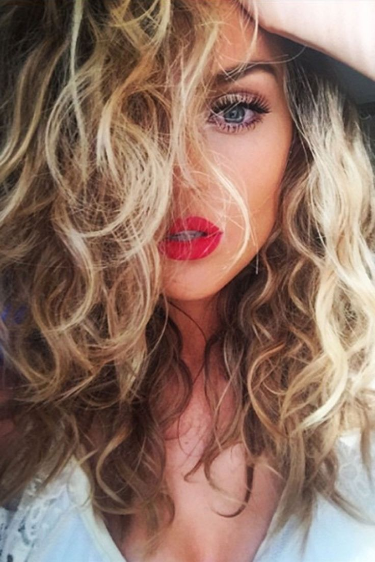 Little Mix's Perrie Edwards unveils her post-split hair