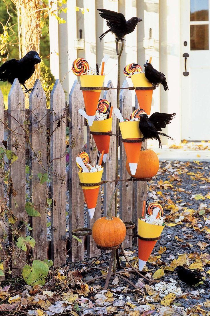 52 best halloween decor images on Pinterest Halloween prop - cool halloween decoration ideas