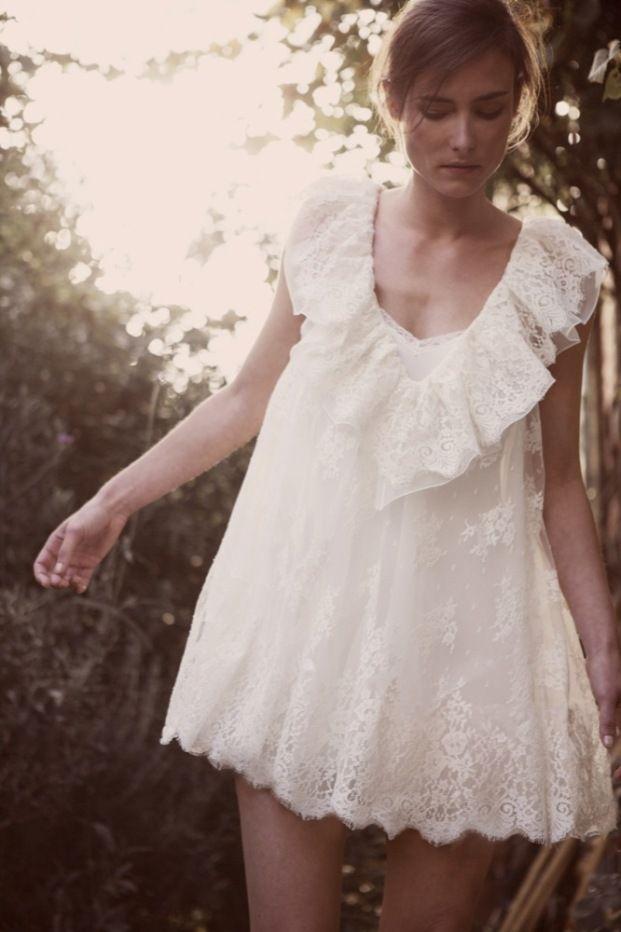 La mariee aux pieds nus - Blog mariage - Elodie Michaud - Creatrice de robe de mariee - Paris - Robe de marage civil - Modele Victoire