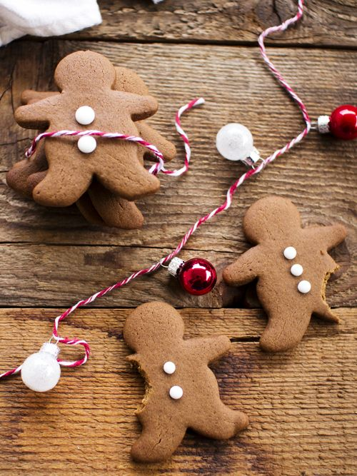 spicy icecream: Chocolate Spice Gingerbread + 10 Homemade Christmas Gift Ideas