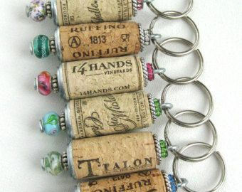 Wein-Korken-Schlüsselanhänger 10er Set Perlen von lizkingdesigns