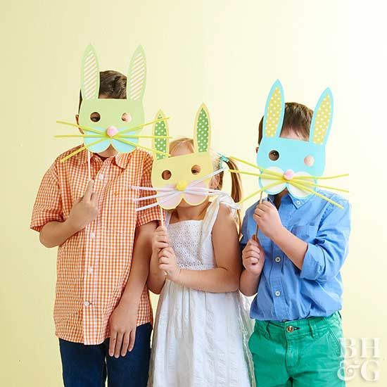 Looking for a fun Easter craft for kids? Create a bunny-mask-making station! With a few simple supplies, kids can personalize their bunny masks! #easter #easterbunny #eastercrafts