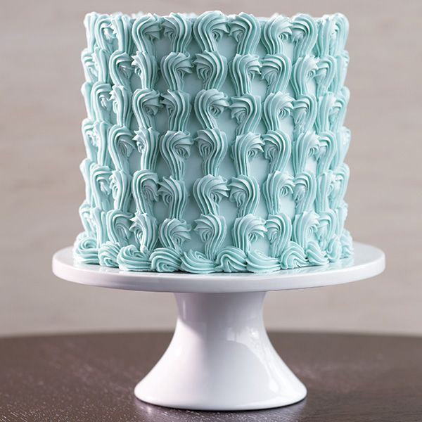 Cake Decorating Border Ideas : 1000+ ideas about Cake Borders on Pinterest Icing tips ...