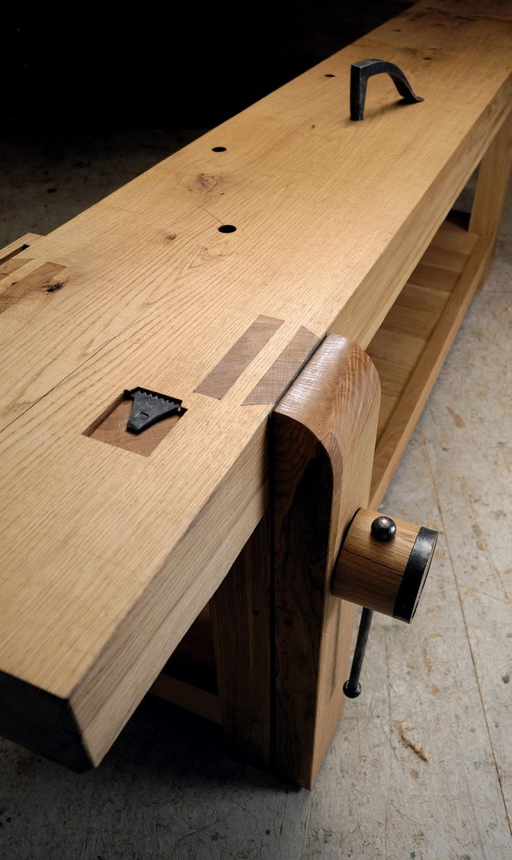 Benchcrafted glide leg vise hardware lee valley tools - On A Late Night Last Week I Walked Slowly From My Office To The Shop Carrying The Final Piece Of My French Oak Plate Workbench