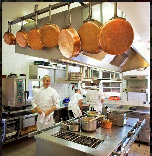 Offre d'emploi: Le Maximilen recrute un second de cuisine