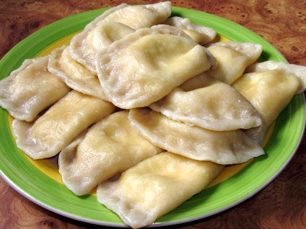 Масленица: почему украинцы готовили вареники, а не блины Почему наши предки готовили на Масленицу вареники с творогом