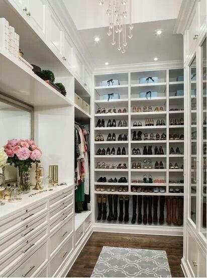 Walk in closet organize me pinterest for Organized walk in closet