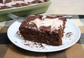 Chocolate Caramel Ice Cream Cake Recipe from RecipeTips.com!