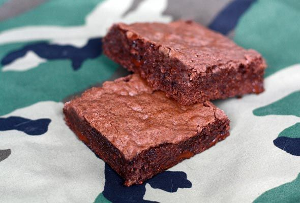 Brownies good enough to mail off (meaning they last!) - baking them soon