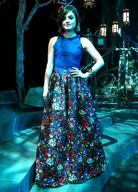 "Lucy Hale's Aria DIY-ed her prom dress, natch. - Behind the scenes - 6 * 9 ""Last Dance"""