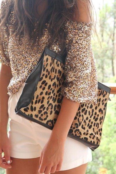 ❤❤❤❤❤: Leopards Clutches, White Shorts, Leopard Print, Outfit, Sequins, Animal Prints, Leopards Prints, Bags, Cheetahs Prints