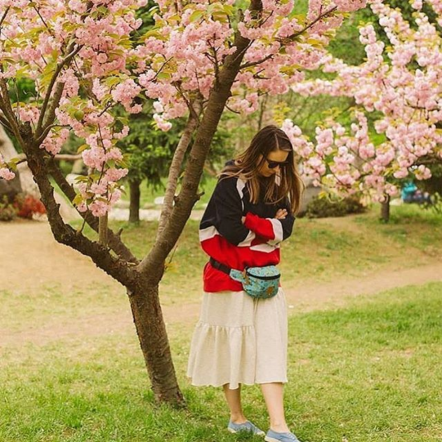 Blend in this blooming Spring. @buruletz wearing our Sparrow Skirt. Find Spring on #ioanaciolacu.com