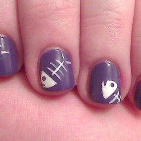 so cute: Animal Nails, Cute Fish Photos, Nails Art, Fish Bones Difference, Nails Makeup, Hair Makeup Nails, Bones Chandra, Fishi Nails, Bones Nails
