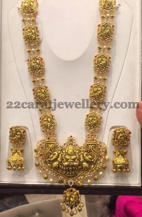 Jewellery Designs: Parrot Design Nakshi Set with Jhumkas
