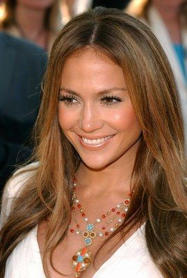 Jlo blonde. brunettes going blonde.