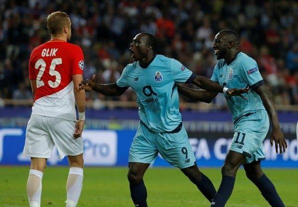 http://ift.tt/2AzCx0G - www.banh88.info - Kèo Nhà Cái W88 - Nhận định bóng đá Porto vs AS Monaco 2h45 ngày 7/12: Giữ vững ngôi nhì  Nhận định bóng đá hôm nay soi kèo trận đấu Porto vs AS Monaco 2h45 ngày 7/12Champions League sân Estádio Do Dragão.  Bảng E hẳn là bảng đấu gây ra nhiều sự ngạc nhiên nhất mùa giải này. AS Monaco đáng lẽ giờ này phải đứng nhất bảng sau khi lọt tới vòng bán kết mùa giải trước. Tuy nhiên thực tế cho thấy đội bóng Công Quốc lại đang đứng nhất bảng từ  dưới lên sau…