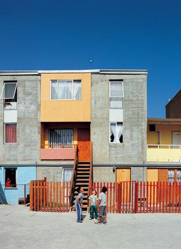 Elemental + Alejandro Aravena /// Quinta Monroy, 93 Houses Complex @ Iquique, Chile