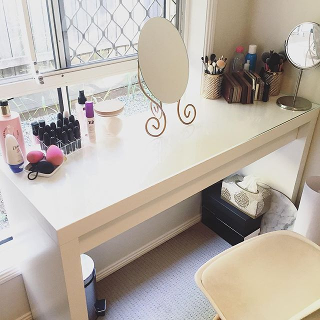 best 25 dressing table organisation ideas on pinterest ikea vanity table dressing tables and. Black Bedroom Furniture Sets. Home Design Ideas