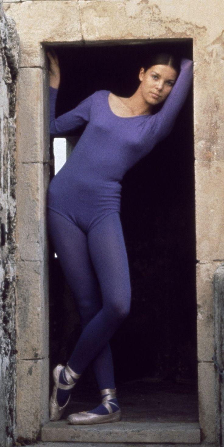 Young Caroline of Monaco (803×1600) #ballet