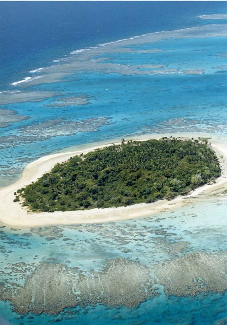 Small Samoan island in the South Pacific #paradise #extraordinaryaw