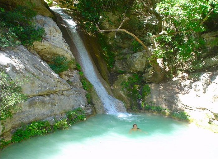 One of the benefits to explore forests is to discover the hidden treasures! The waterfalls in Neda #greece #peloponnese #messinia #waterfall #naturephotography #naturelovers #activities