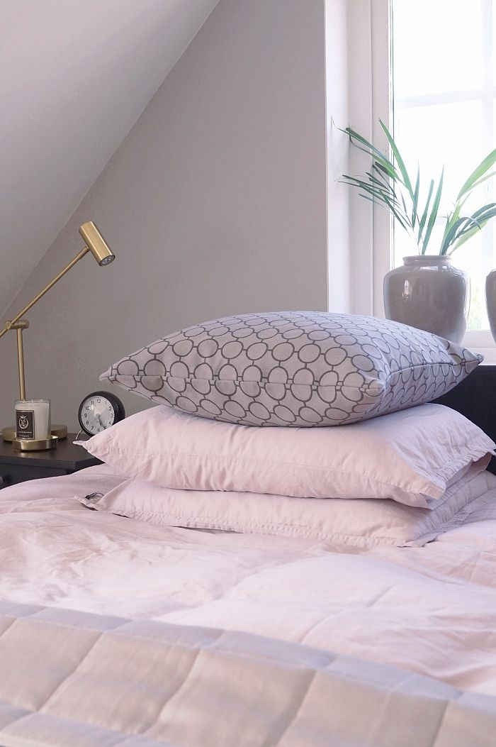 sovrum greige simplicity väggfärg