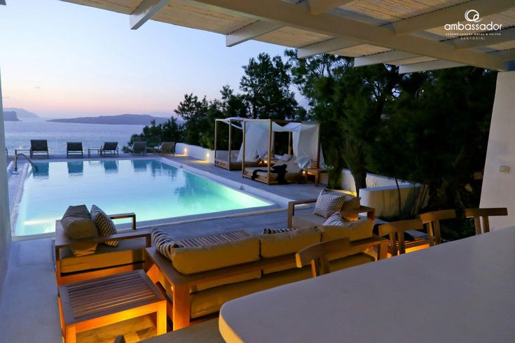 Leisurely evenings by the pool… #santorinimoments #pooltime #relax
