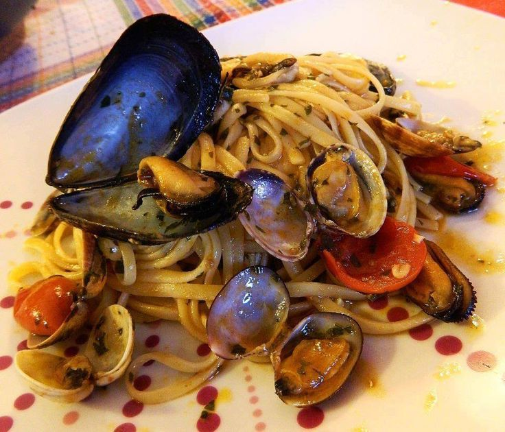 Clams and Mussels Spaghetti