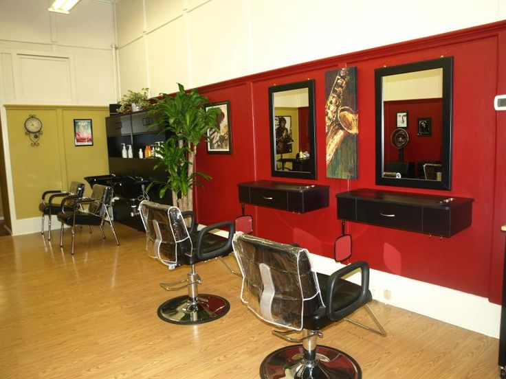 Pictures of in Home Salons | Welcome to Headliners Unisex Salon.