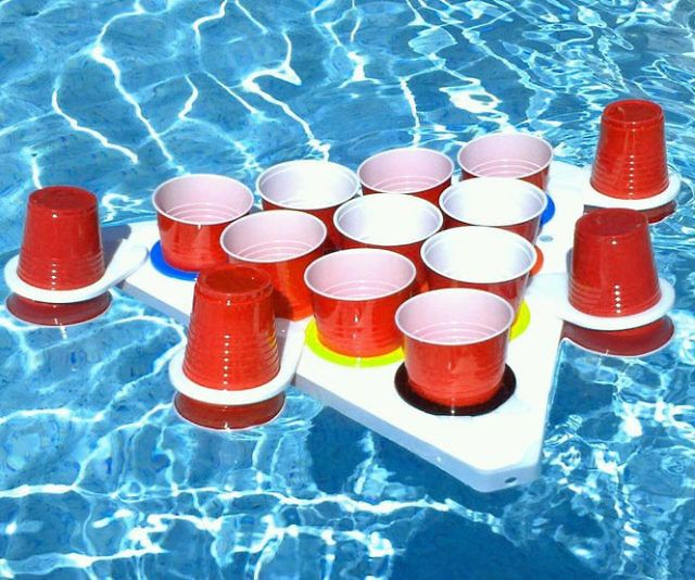Turn any aquatic location into the ideal spot for an epic showdown using this floating beer pong set. The triangular tables float perfectly on the water or can be attached to a lightweight base so you can play over dry land – making them ideal for beach days and tailgates.
