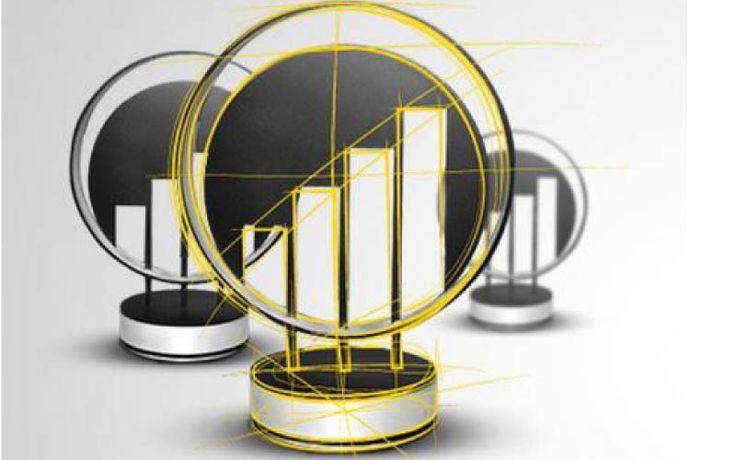 Ernst & Young Przedsiębiorca Roku to jedyna tej skali, międzynarodowa inicjatywa promująca najlepszych przedsiębiorców na świecie. Konkurs organizowany jest od 1986 roku i uczestniczy w nim ponad 50 państw. Niezależne od Ernst & Young Jury podejmuje decyzję o wyborze najlepszego przedsiębiorcy w oparciu o takie kryteria jak: przedsiębiorczość, strategia, działalność międzynarodowa, innowacyjność oraz relacje z pracownikami i otoczeniem. Statuetki wykonane z mosiądzu.