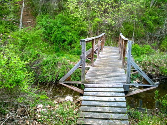 7. Housatonic Range Trail (New Milford)