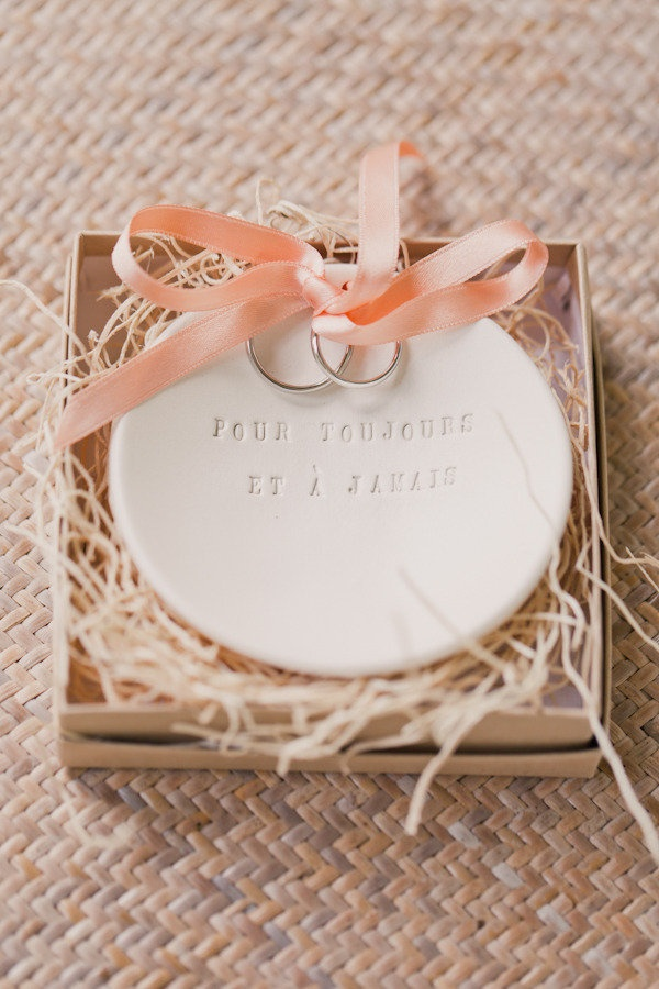 113 best images about Porte alliances on Pinterest Dog ring bearers, Un and Wedding ring