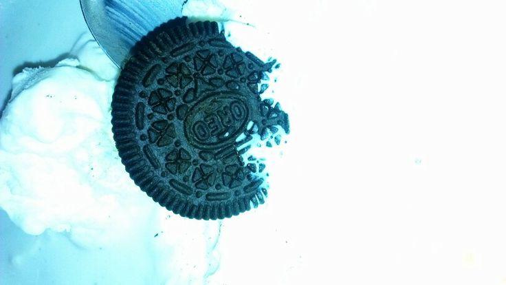 Oreo's & Vanilla Ice Cream