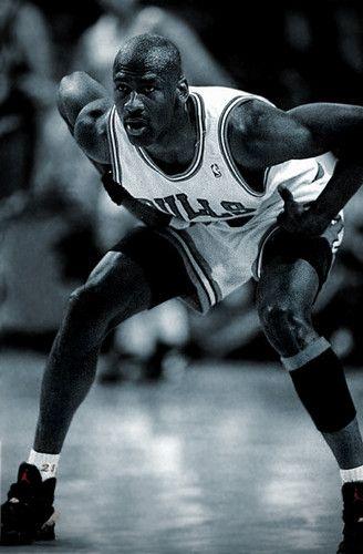 Michael Jordan, Genialidad, capacidad de salto y gran defensa.