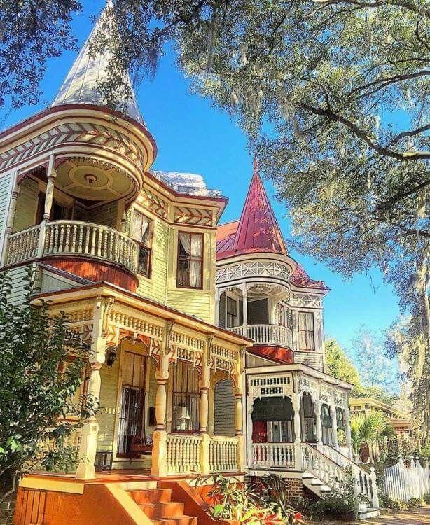 Sometimes being in Savannah feels like a fairy tale. #VisitSavannah [Photo credit: @c.sergi via Instagram]