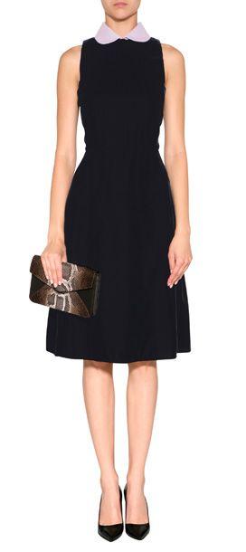 Luxuriöses Kleid aus feinem, nachtblauem Samt von Rochas #Stylebop