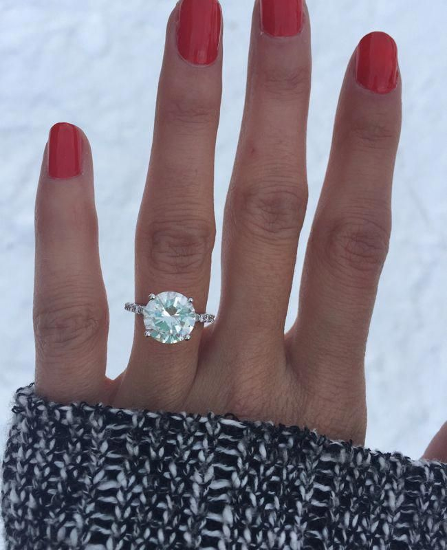 Engagement Ring Selfie from HowHeAsked | Blog.theknot.com #engagementrings