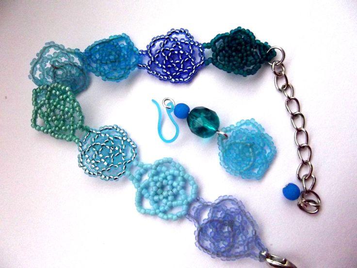 Blue flowers bracelet and earrings beading