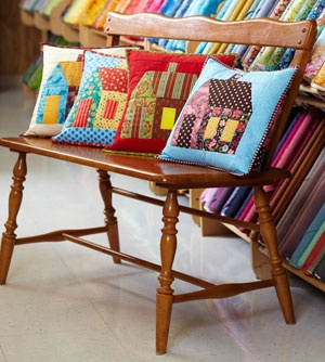 Tennessee Quilts: Houses Quilts, Cushions Pillows, Tennessee Quilts, Quilts Houses, Quilts Pillows, Sewing Ideas, House Quilts, Inspiration Quilts, Houses Cushions