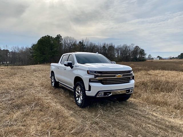 2019silverado On Instagram Bradley Benson 2019 Iridescent Pearl Tricoat Silverado High Country W 6 2l Silverado High Country Chevy Silverado 1500 Silverado