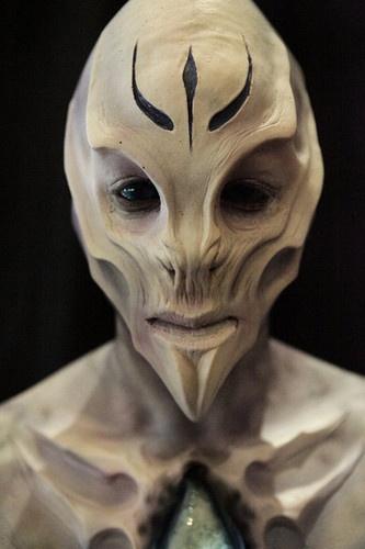 alien                                                       …