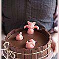 Le gâteau d'anniversaire «Bain des 3 petits cochons» (Recette saine et à IG bas)   Voilà, ouf, tous les...