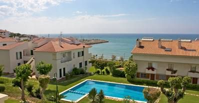Another excellent property for rent in Barcelona with stunning sea views and within close proximity to all the action! See more here - http://www.akilar.com/listing--1597.html