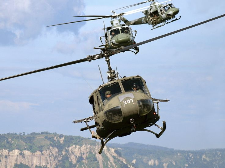 flygc.info - Vietnam Helicopter Pilot Training - Superbly suited to the air mobility and medical evacuation missions in Vietnam, the Huey became an indelible symbol of that conflict...
