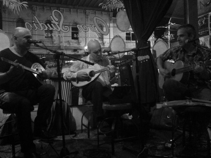 Rebetiko performance at Open Studio Northcote