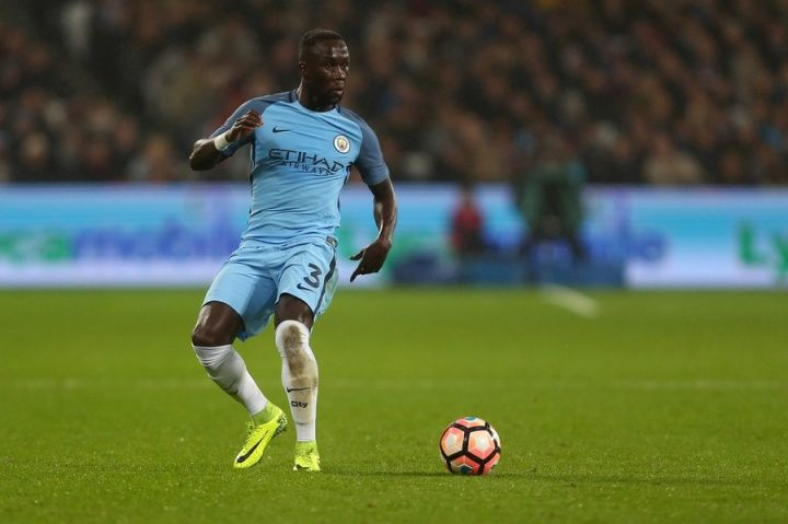 West Ham have lined up a shock move for Bacary Sagna. France international right-back Sagna who turns 34 next week