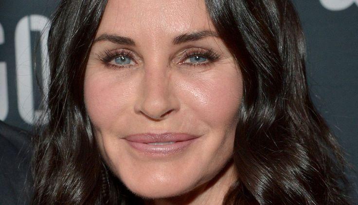 'Friends' Star Courteney Cox Trash-Talks Angelina Jolie Over 'Unfair' Movie Financing #AngelinaJolie, #CourteneyCox, #Friends celebrityinsider.org #Hollywood #celebrityinsider #celebrities #celebrity #celebritynews