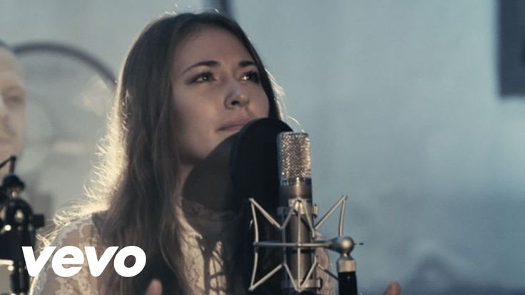 "Noel // Chris Tomlin (featuring Lauren Daigle) ""Adore"" is out now on iTunes! http://klove.cta.gs/1or"