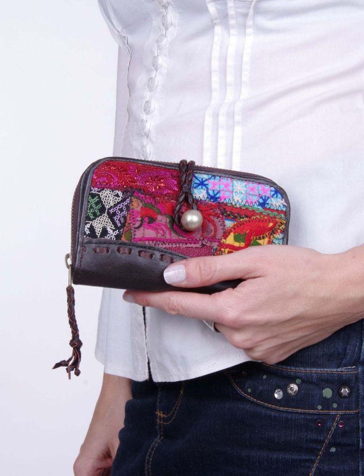 Cartera billetera piel con telares patchwork y cremallera